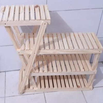 Floreira de madeira usar em casa (1)